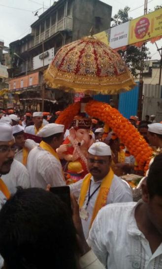 Tambdi Jogeshwari Ganapati Mandal Visarjan 2016