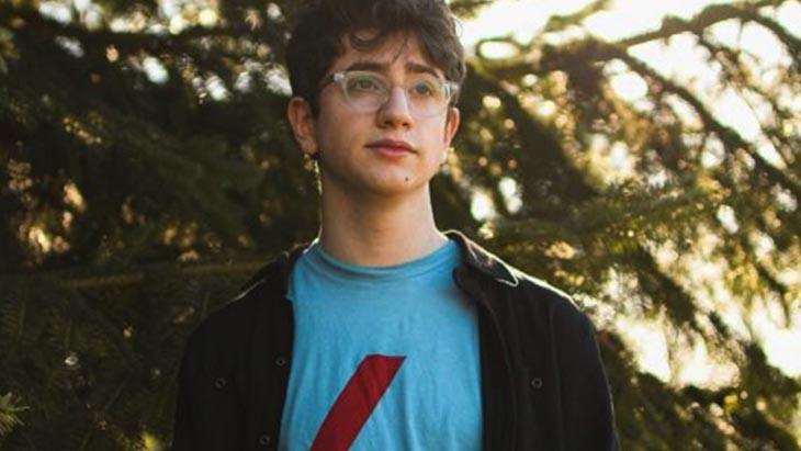Un jeune de 17 ans refuse 8 millions de dollars contre l'achat de son site web sur...