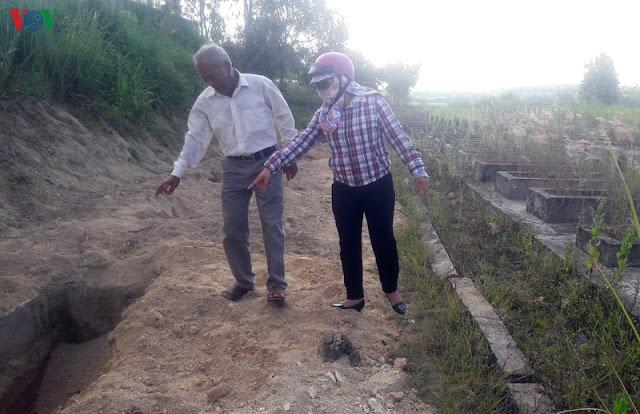Quảng Ngãi Dân bức xúc vì địa phương chôn lấp lợn dịch ở nghĩa trang