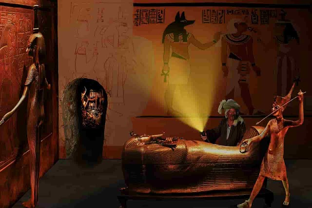 Discover a large number of Pharaonic coffins