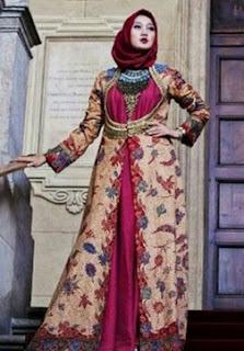 Koleksi Batik Dian Pelangi Semi Formal
