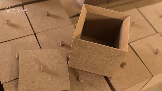 caja-de-madera-con-tapa-pequeña