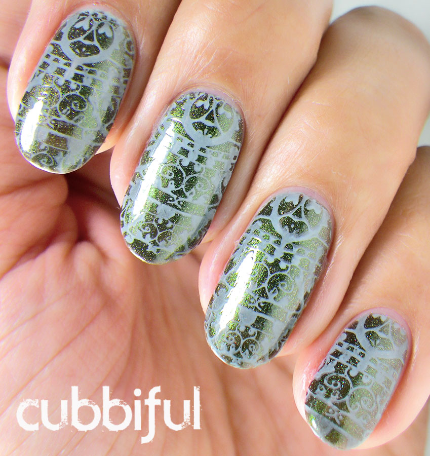 stamping lace nails