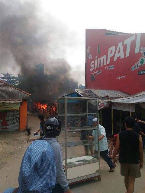 Rumah Kontrakan Di Gandul Ludes Terbakar