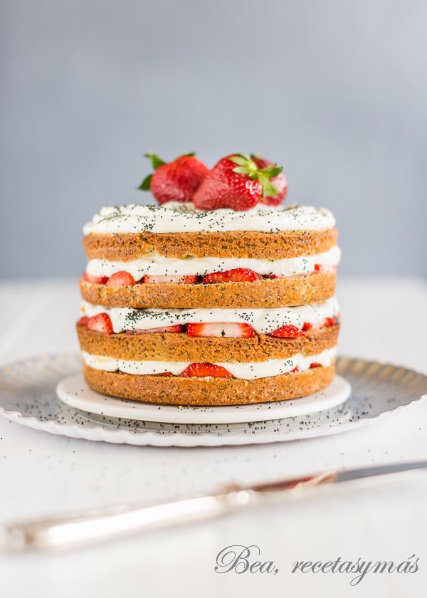 cake_fresas_semillas_amapola
