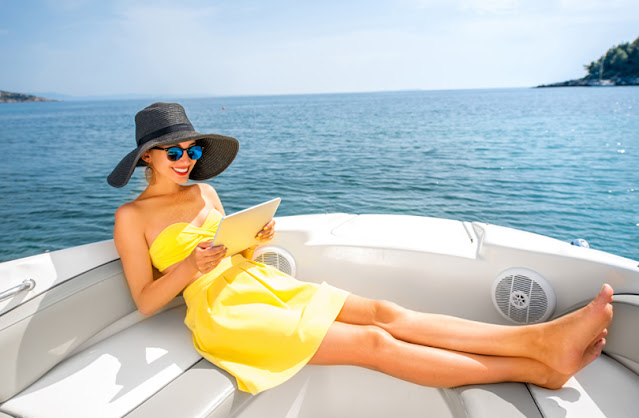 Marine Data Solutions 4G Internet for yachts- streaming entertainment