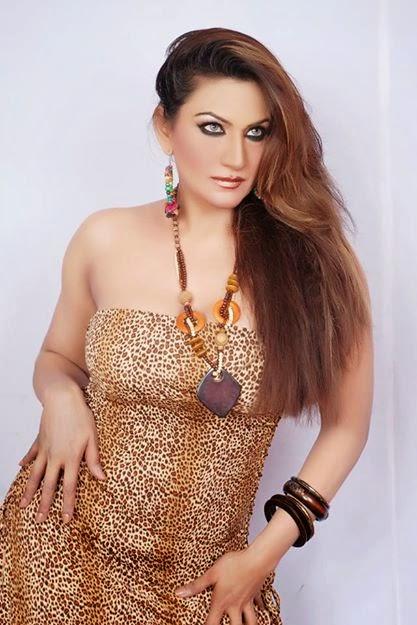 Watch Online  Download Pakistanipakistani Nanga Dance -3218