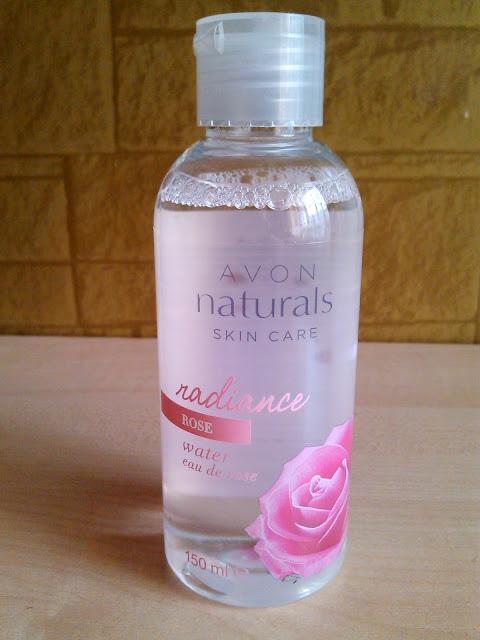 Woda różana Avon
