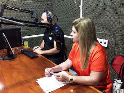 Resultado de imagem para fotos da Marilete na radio