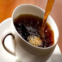 Um despertador no café