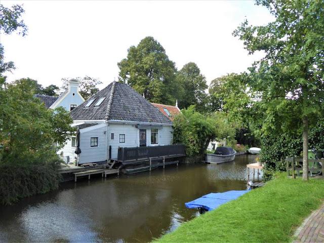 casa in legno a broek in waterland