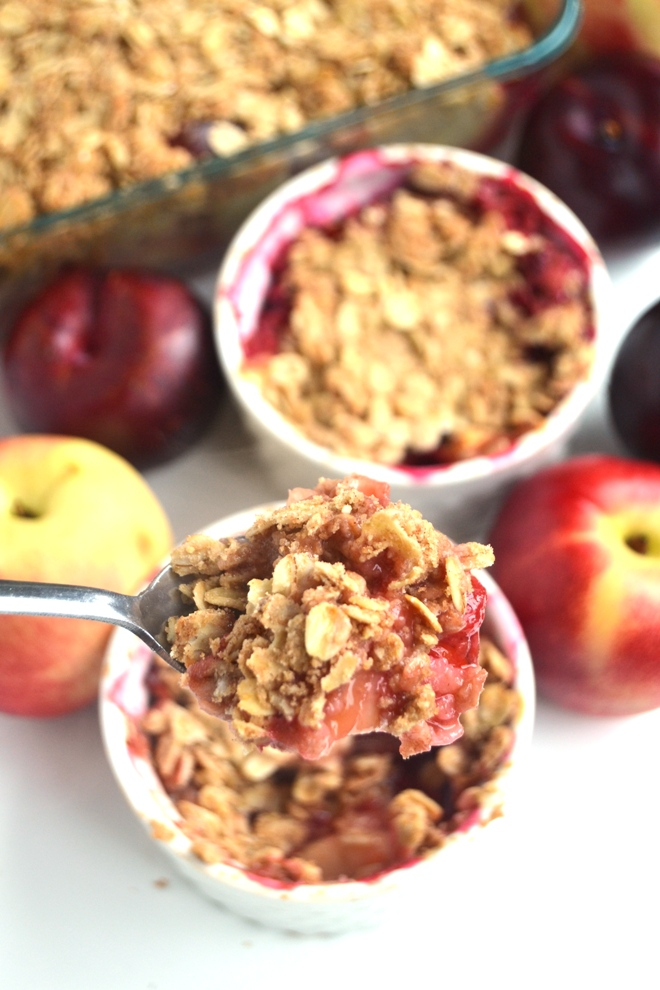 Healthy Fruit Crisp is the perfect, easy dessert with your choice of fresh fruit! Made lighter with whole-wheat flour, less sugar and coconut oil. www.nutritionistreviews.com
