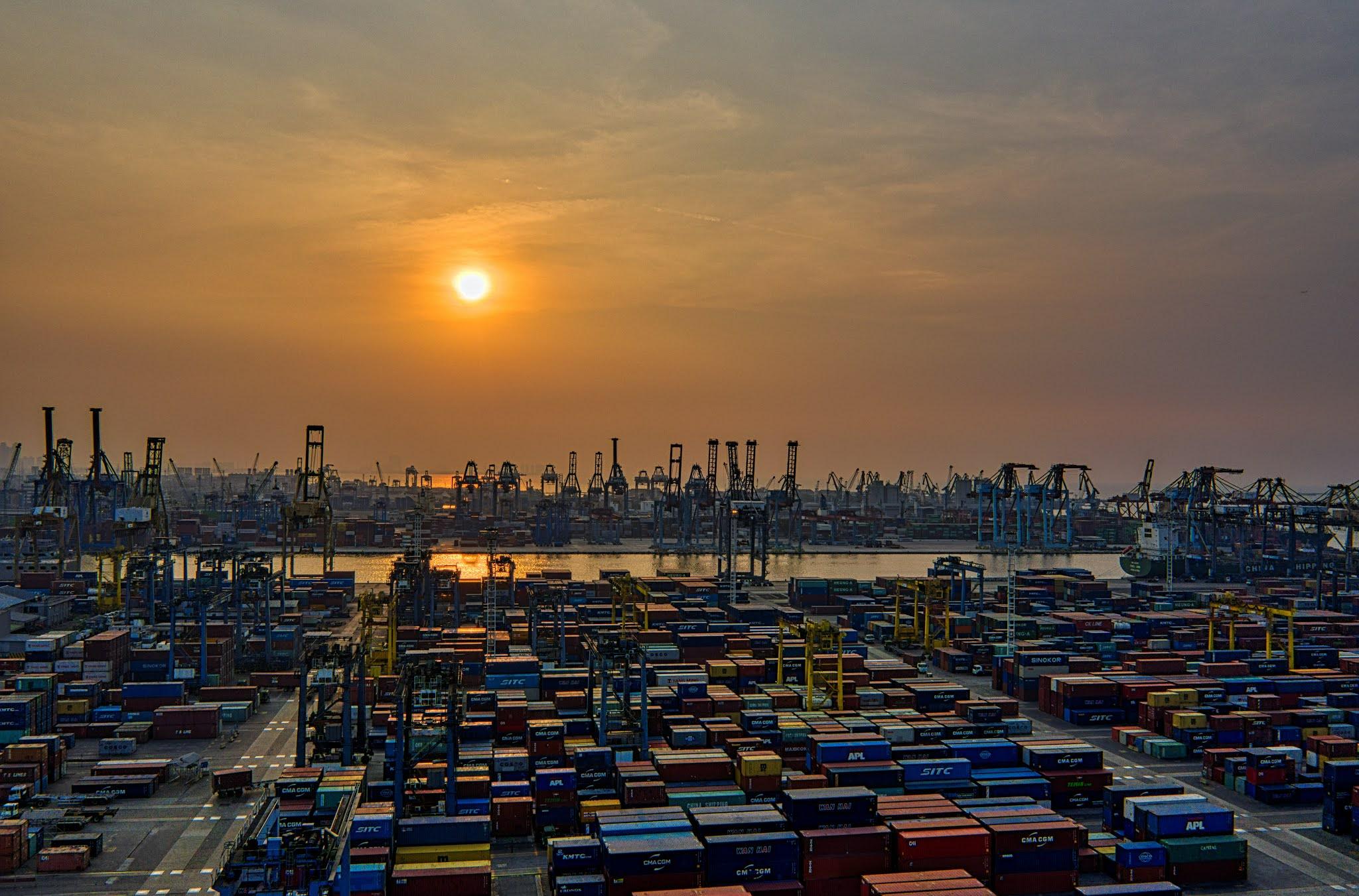 جهود غرفة دبي Dubai لدعم التجارة الخارجية