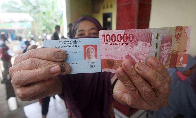 Bansos Sembako diganti Uang Tunai