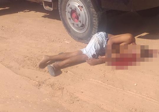Homem é morto a tiros após caminhão de mudanças ser interceptado em Araci