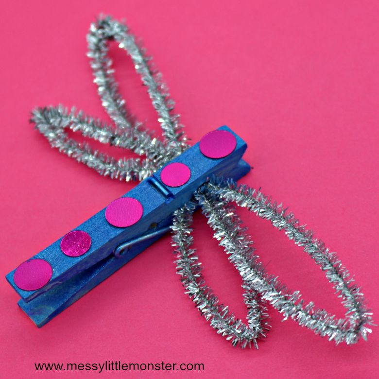 Spring crafts for kids - clothespin dragonfly craft