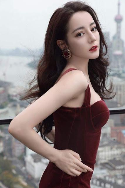 Chinese Actress Dilraba Dilmurat Hot Photos Navel Queens