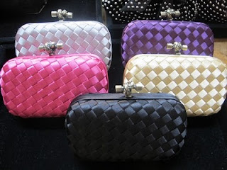 4 Clutchs Alix Shop...!