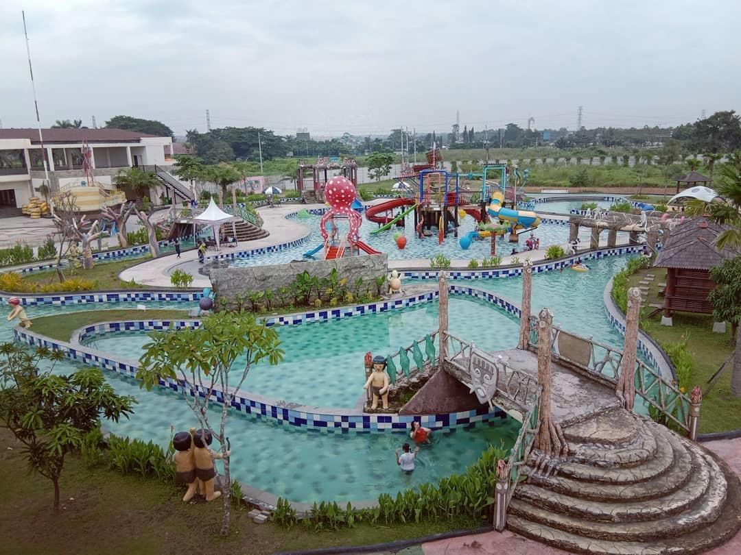 Kraton Waterpark Ponorogo