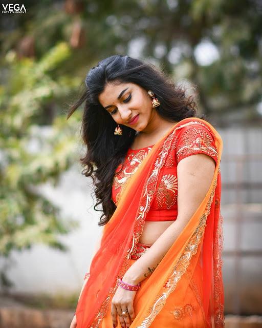 Sexy Vishnu Priya Latest Half Saree Photoshoot Navel Queens