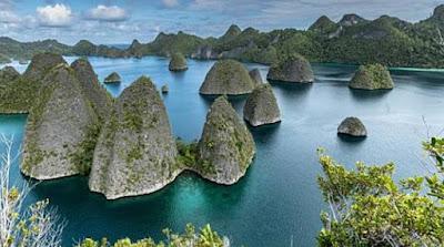 tempat wisata raja ampat pulau wayag