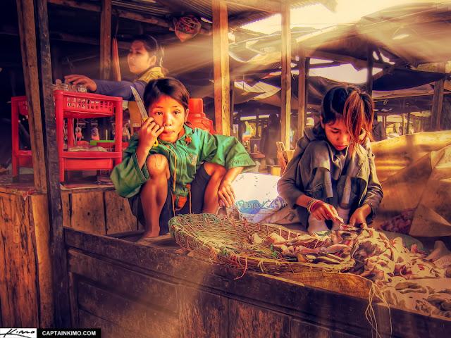 Enfants du marché par Capitaine Kimo (CC)