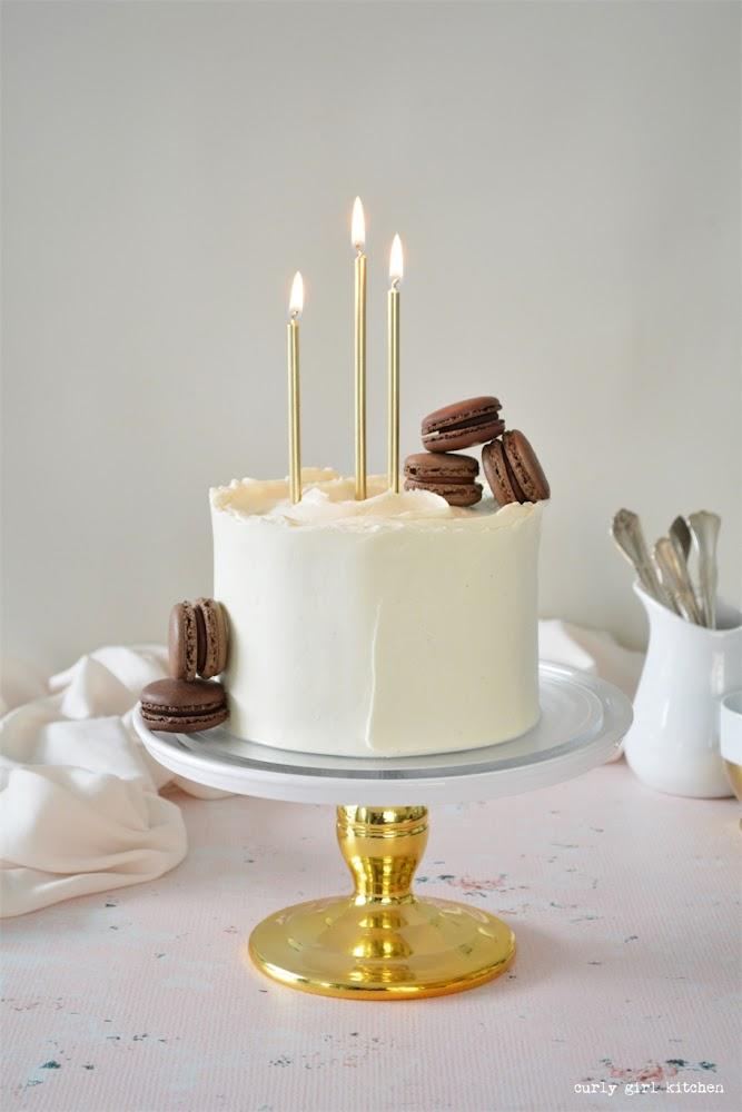 Chocolate and Vanilla Sour Cream Birthday Cake, Chocolate Cake Recipe, Vanilla Buttercream, Chocolate Sour Cream Cake, High Altitude Chocolate Cake, Sour Cream Frosting, Cake Decorating Ideas, Chocolate Birthday Cake, Cake with Macarons, Cake Photography