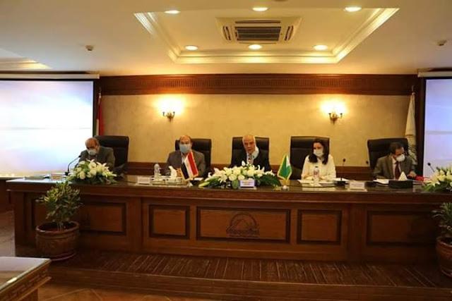 المجلس التنفيذي لمحافظة  الجيزة يشيد ببطولات القوات المسلحة ومواجهتها للإرهاب