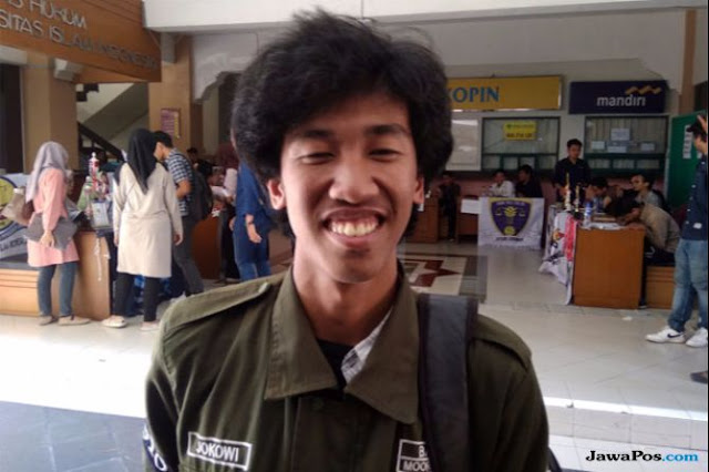 Niat Tenar, Mahasiswa Mirip Jokowi Ini Diperingatkan Kampus
