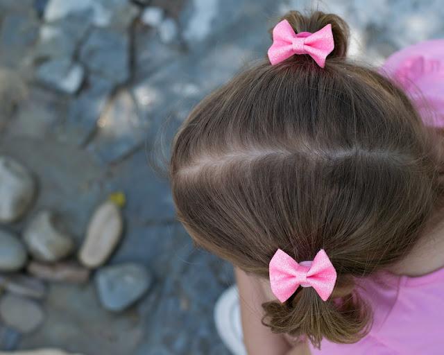 Elastique cheveux pour bébé noeud rose à paillettes