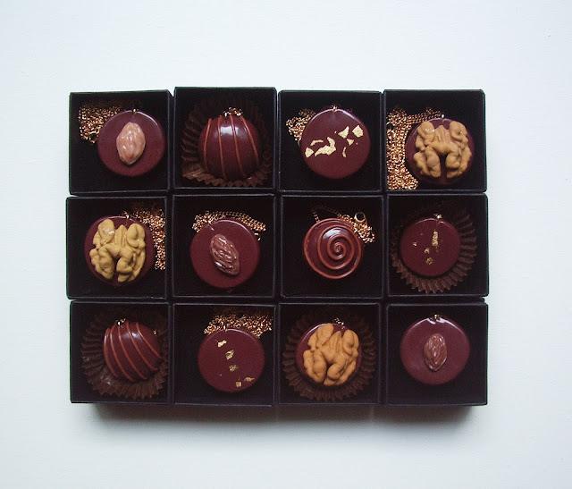 Pendentifs chocolats La Fille du Consul