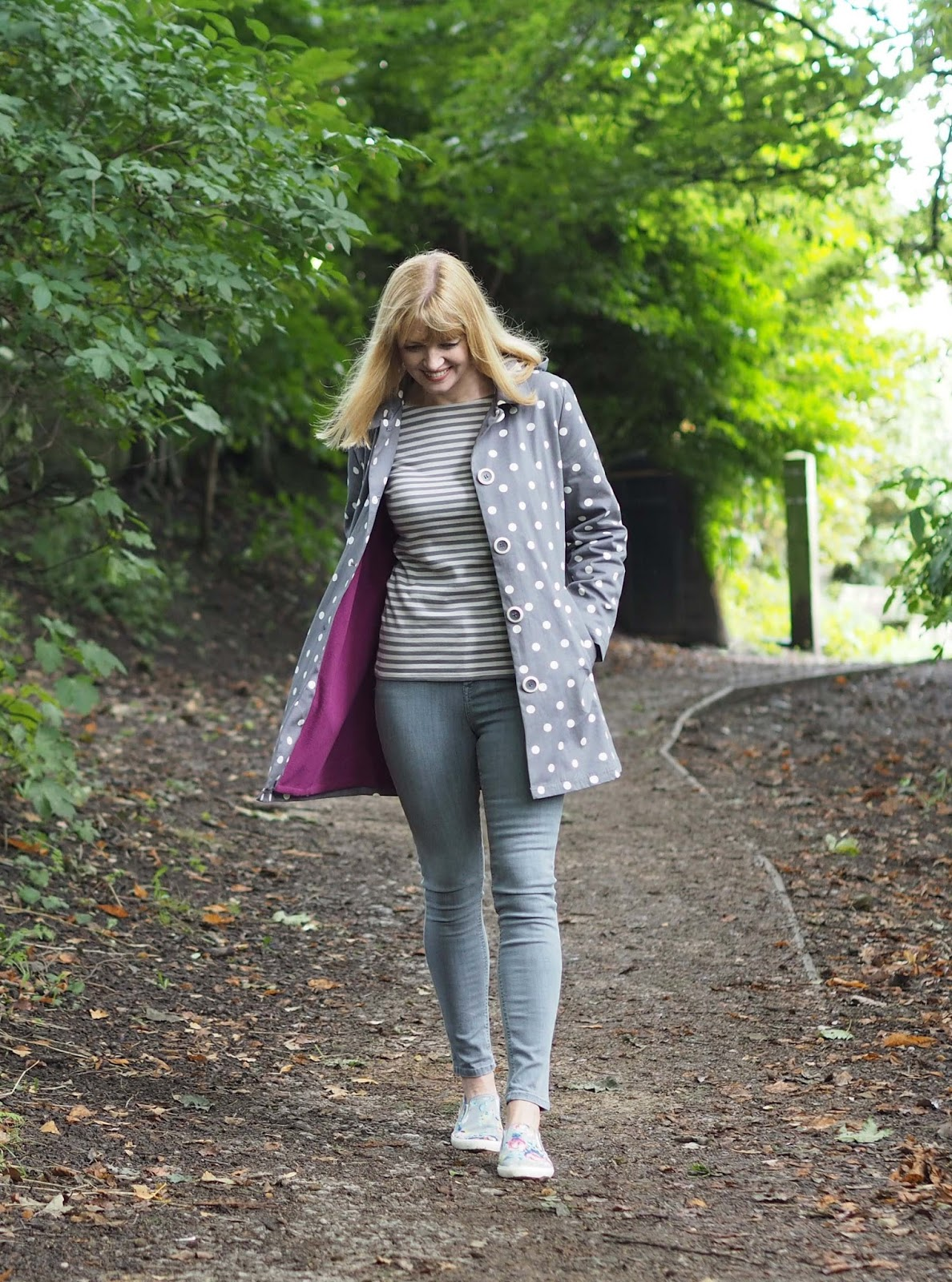 Tulchan spotted raincoat, striped top, grey jeans