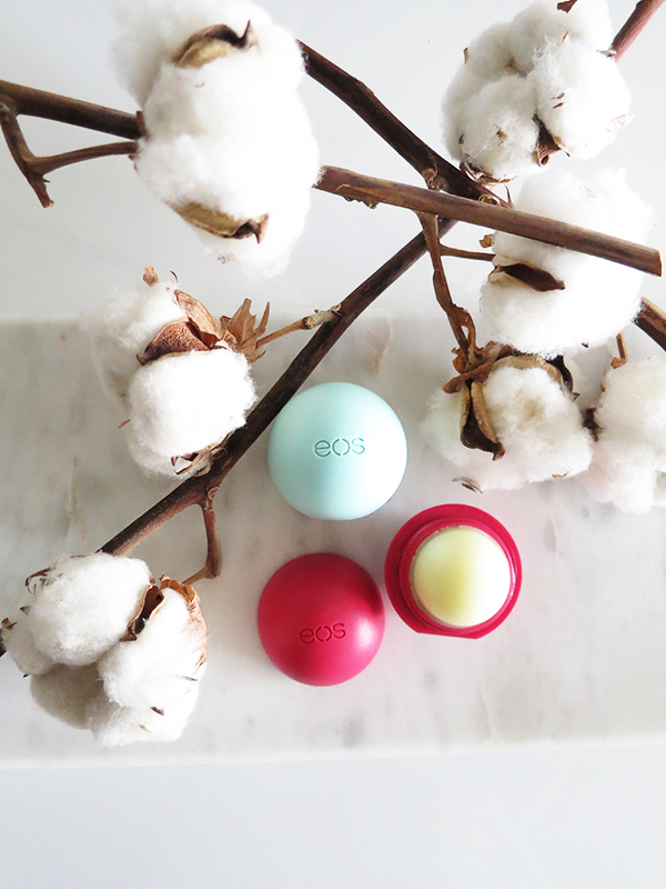 EOS Organic Smooth Spheres lip balms in Sweet Mint and Pomegranate Raspberry