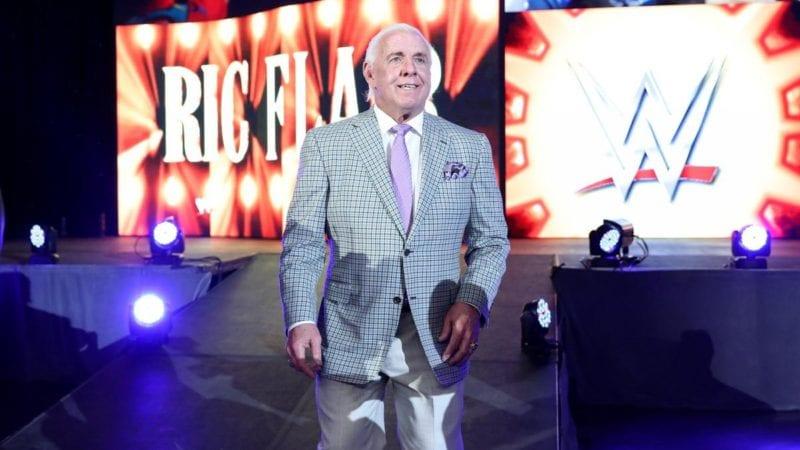 Ric Flair távozott a WWE-ből!