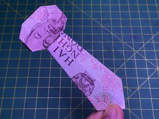 Hướng dẫn cách gấp cà vạt bằng tiền giấy độc và đơn giản