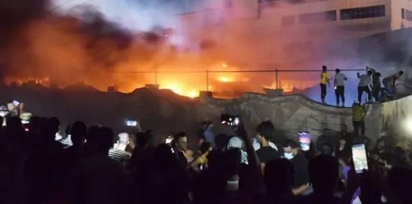 Incêndio em hospital que trata pacientes com Covid-19 no Iraque deixa 92 mortos