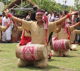 picture of man dancing bihu