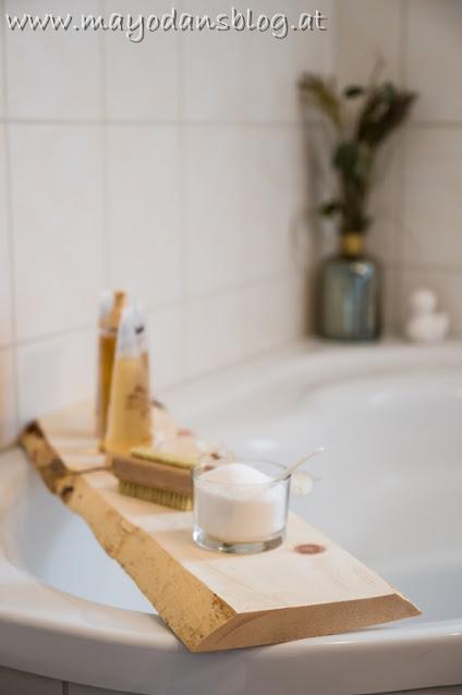 Zirbenholzbrett für die Eckbadewanne