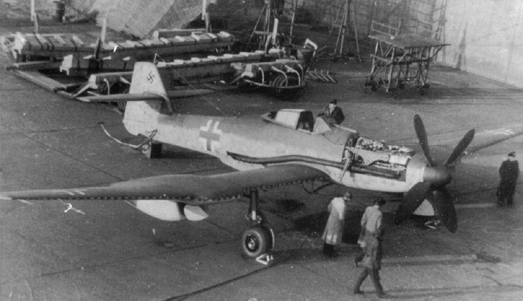 BV-155_worldwartwo.filminspector.com_6.j
