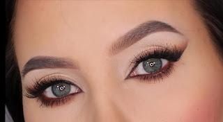 كيفية تطبيق مكياج عيون الثعلب