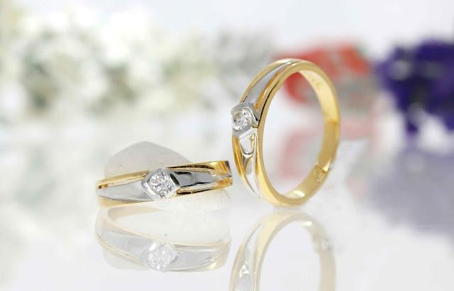 Mẫu nhẫn cưới một hạt đá - Giá bán 3.795.000