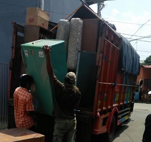 Sewa Truk Pindahan Rumah Jakarta Madiun Murah