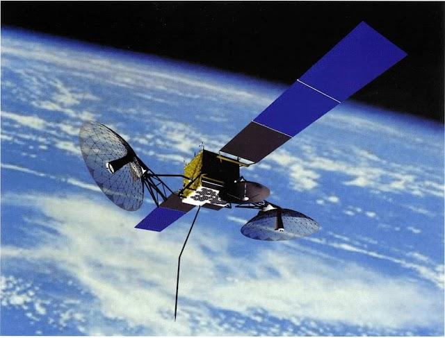 كيف تعمل الأقمار الاصطناعية وماهية انواعها