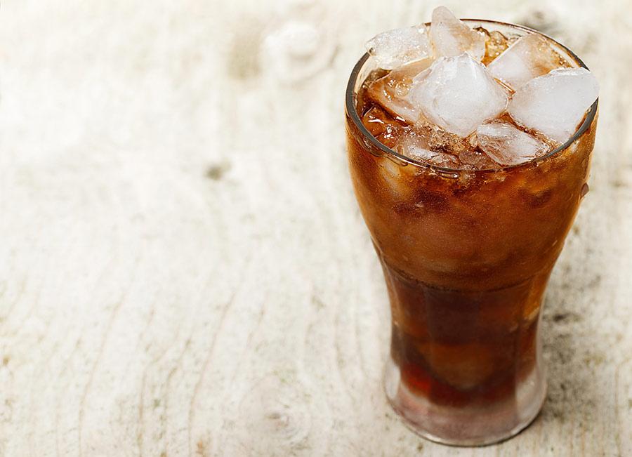 الماء ومشروبات الدايت الغازية قد يقلبا موازين التخسيس