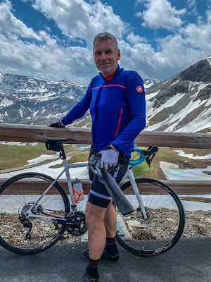 cycling on Grossglockner High Alpine Road in Salzburg and Carinthia regions of Austria using Veloce full carbon road bike rental service delivered at his accommodation.