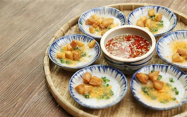 Ngon quên lối về với bánh bèo chén - đặc sản xứ Huế