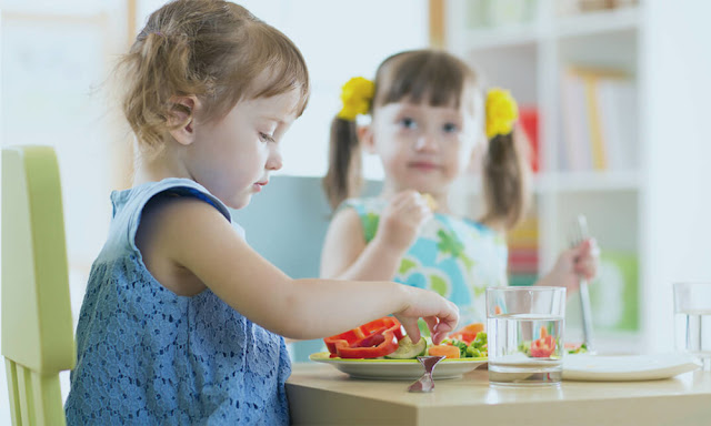 Tips For Discussing Weight Loss With Your Child