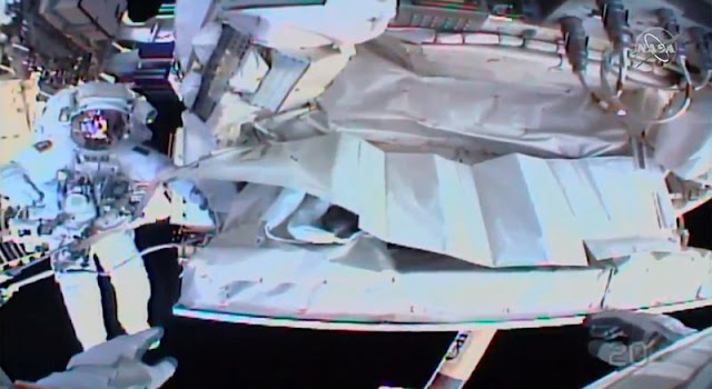 Astronotlar Uluslararası Uzay İstasyonu Cihazının Son Tespiti İçin Uzay Yürüyüşünü Bitirdi