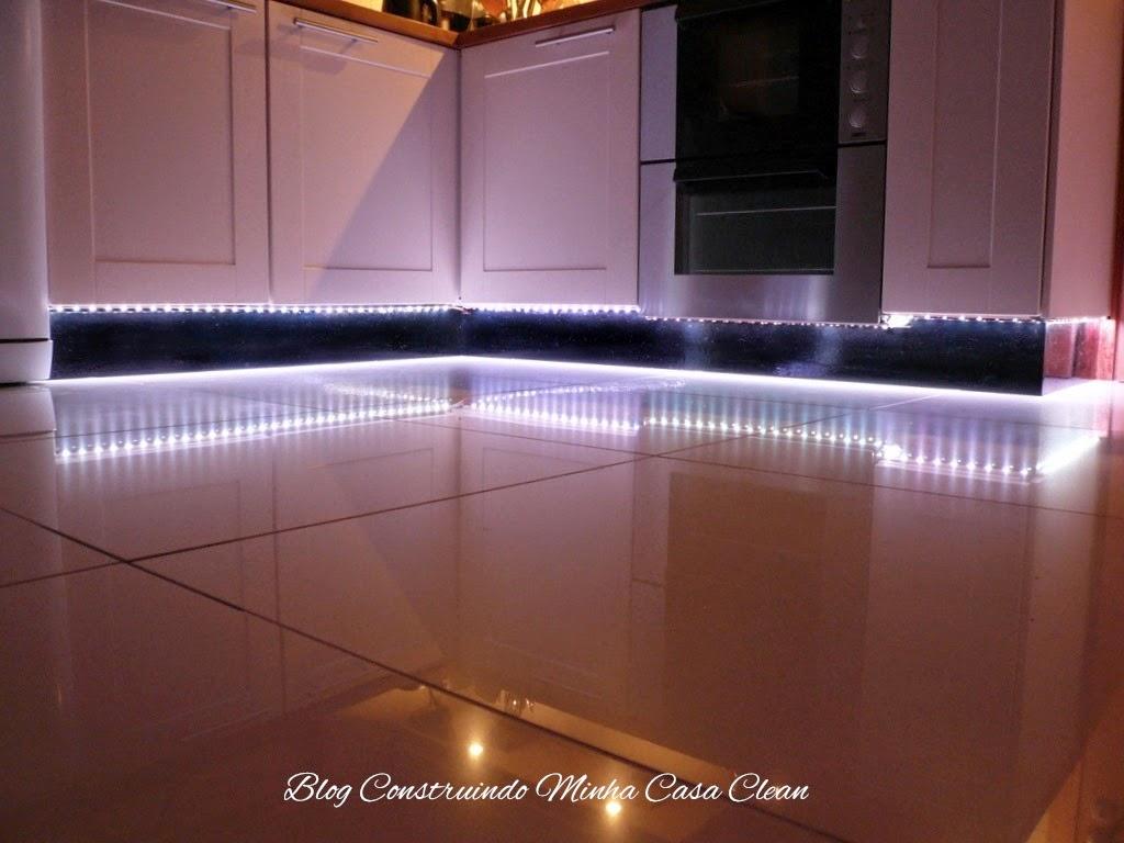 Construindo minha casa clean decora o com fitas de led for Cocinar 12v