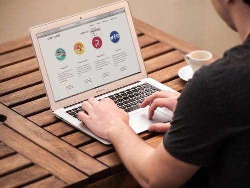 22 Cara untuk Meningkatkan Traffic Situs Web